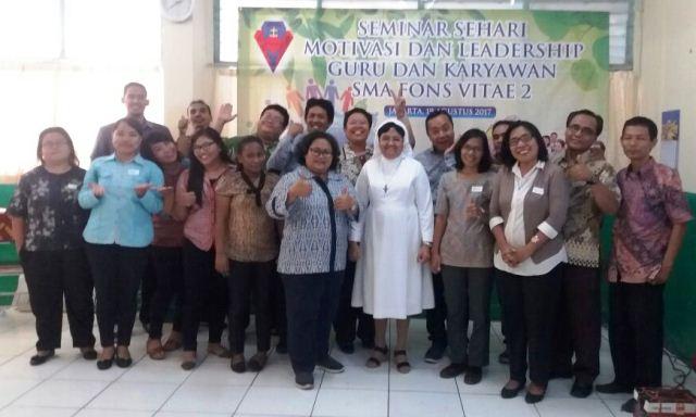 Seminar Motivasi & Leadership Guru Karyawan SMA Fons Vitae2 Marsudirini