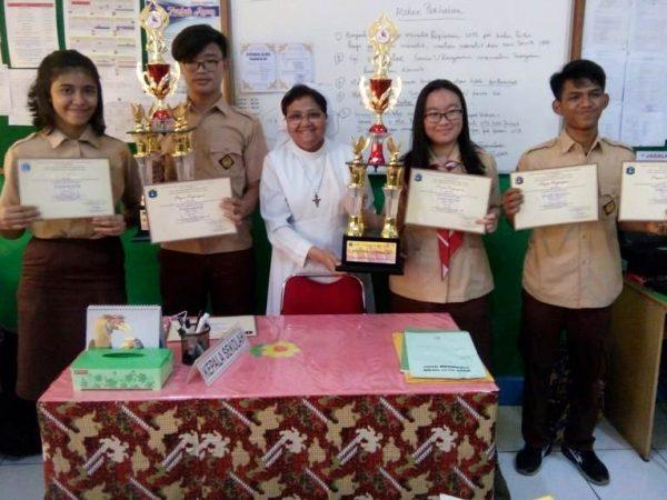 SMA Fons Vitae 2 Meraih 2 Piala Kawah Kepemimpinan Pelajar (KKP) 2018